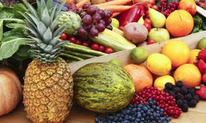 菠萝与葡萄等瓜果蔬菜摄影高清图片