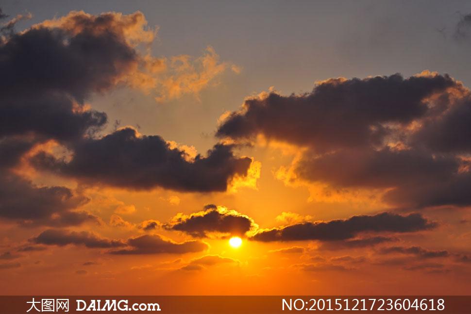 黄昏阳光云彩自然风光摄影高清图片