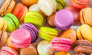色彩鲜艳的马卡龙甜点摄影高清图片