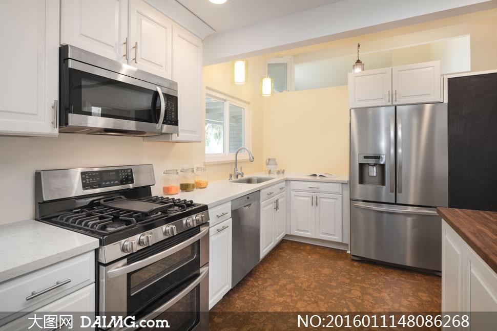 效果图房间开放式厨房灯光灯具橱柜烤箱冰箱地砖台面