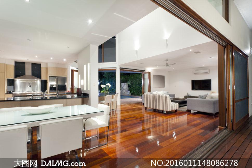 别墅客厅与餐厅等布局摄影高清图片