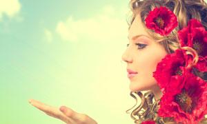 卷发妆容美女人物侧面摄影高清图片