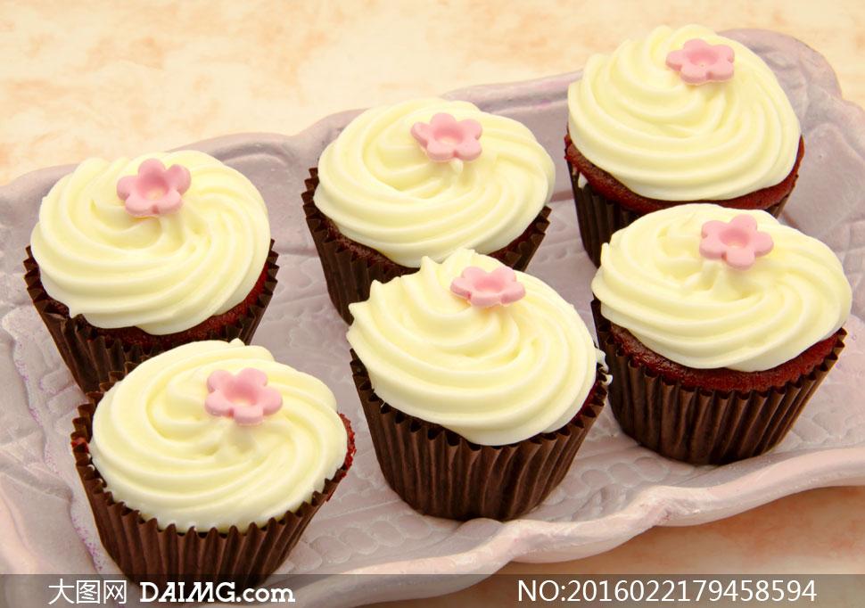 可爱特别的蛋糕图片