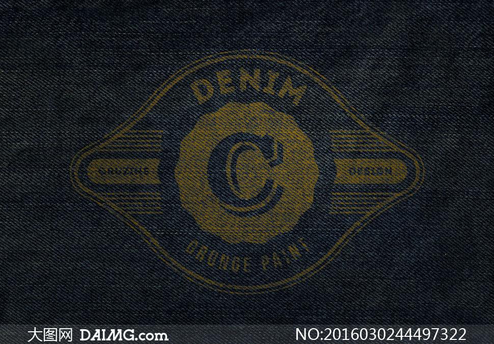 牛仔布料纹理上的标志效果贴图模板