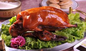 美味可口的烤鸭摄影图片