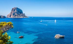 蓝天大海岛屿自然风景摄影高清图片