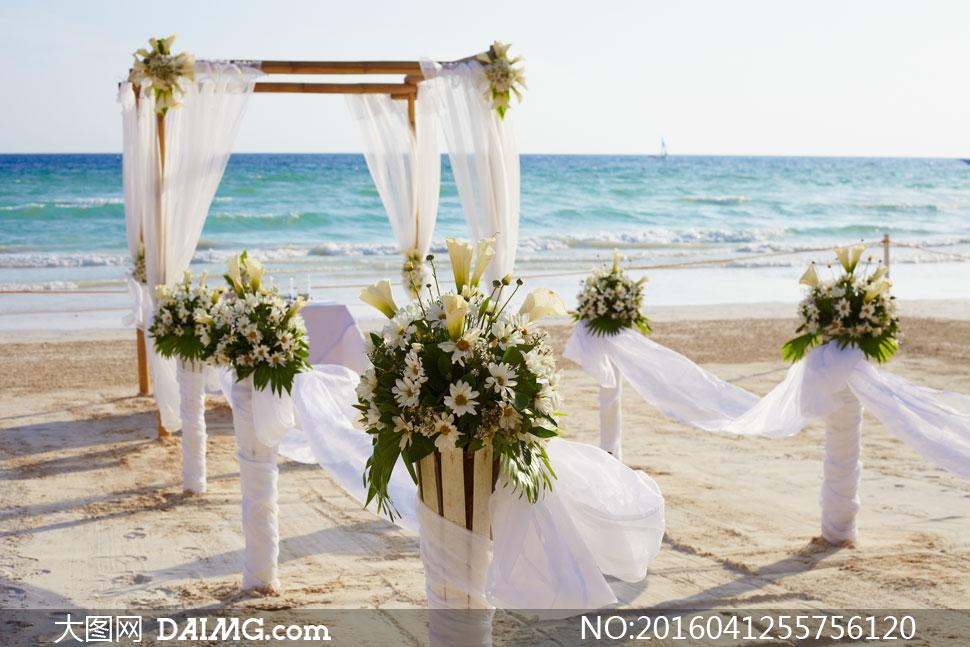 海边沙滩婚礼气氛布置摄影高清图片