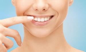 牙齿美白主题人物局部摄影高清图片