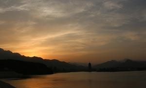 雁栖湖日落余晖美景摄影图片