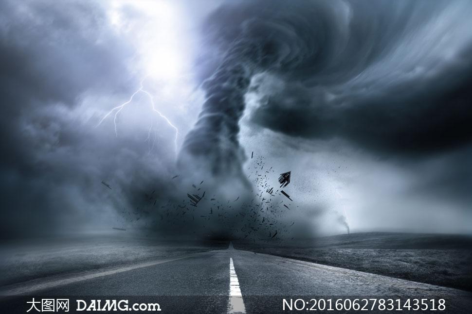 关 键 词: 高清大图图片素材摄影自然风景风光天空乌云黑云龙卷风