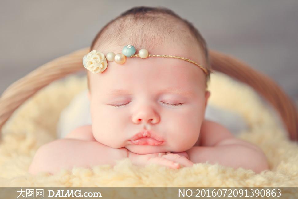 熟睡着的胖嘟嘟小宝宝摄影高清图片