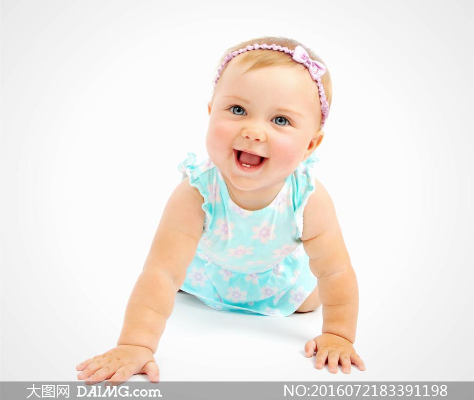 特写儿童宝宝小宝贝可爱小宝宝笑容开心学步大眼睛