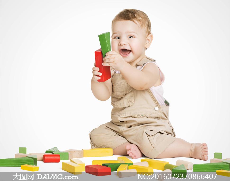 素材近景特写儿童宝宝小宝贝可爱大宝宝开心笑容积木