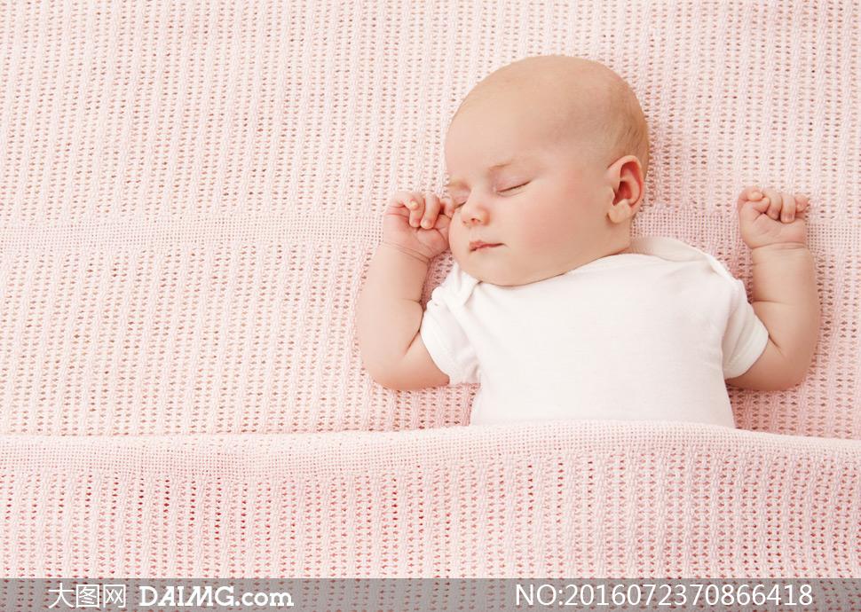 微距儿童宝宝小宝贝可爱小宝宝婴儿睡觉睡着入睡躺着