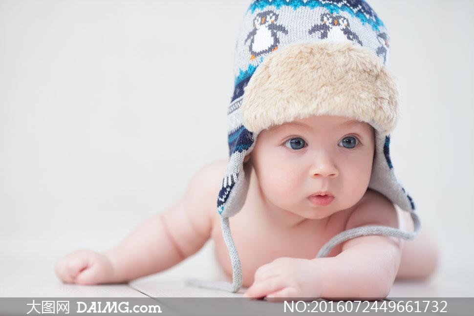 小宝贝可爱婴儿小宝宝婴儿帽子长帽子大眼睛蓝眼睛