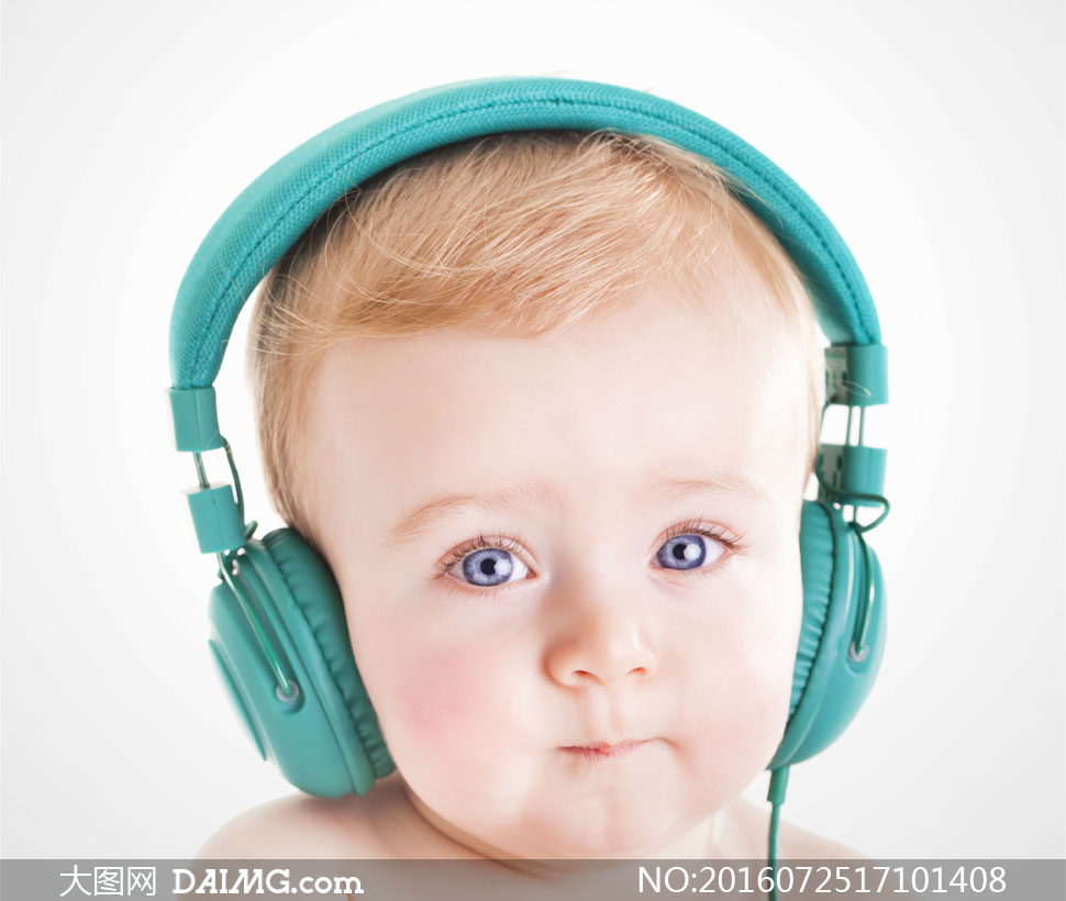 特写微距儿童宝宝小宝贝可爱小宝宝耳机耳麦大眼睛