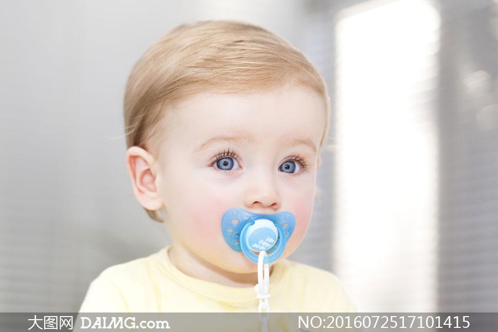 新生宝宝 > 素材信息                          睁着大眼睛的可爱