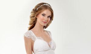穿着洁白色婚纱的新娘摄影高清图片