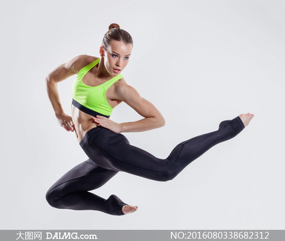 跑步健身的时尚女性高清图片 素材中国16素材网