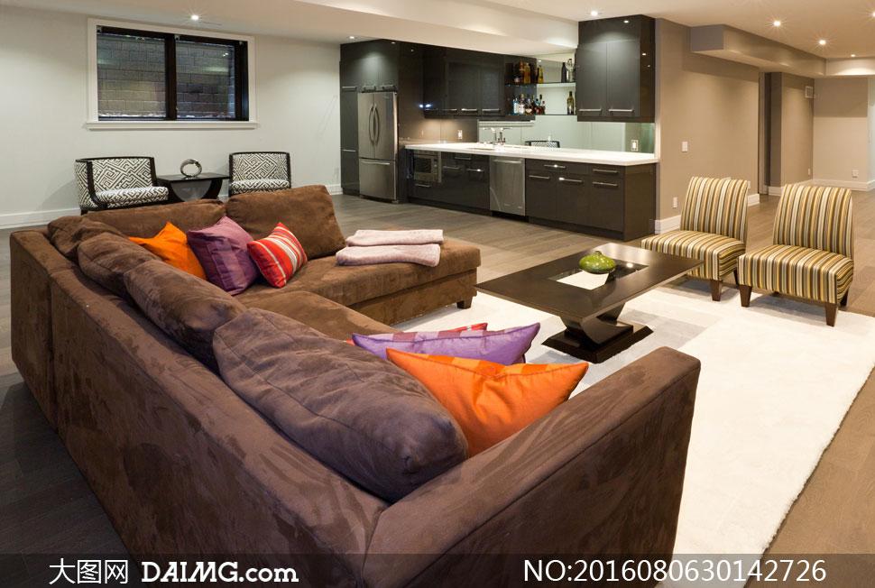 渲染图家居效果图摆设陈设房间厨房客厅沙发枕头靠枕抱枕茶几灯光照明图片