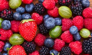 蓝莓桑葚与醋栗等水果特写高清图片
