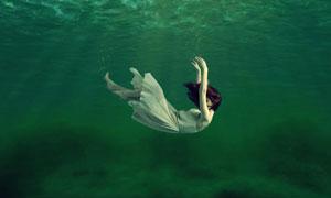 唯美的水下人像效果PS教程素材