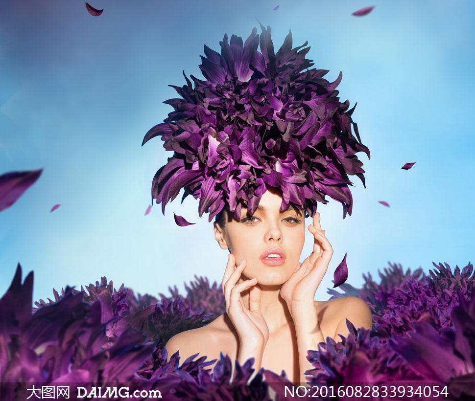 紫色花瓣头饰美女人物摄影高清图片