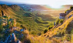 山顶美丽的日出景色摄影图片