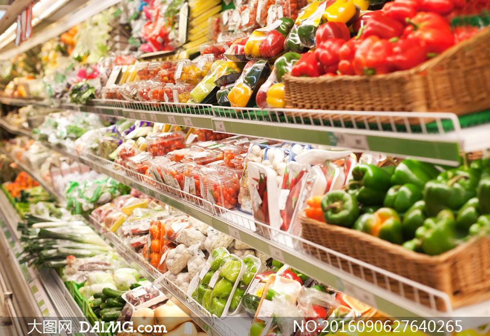 超市货架上的新鲜蔬菜摄影高清图片