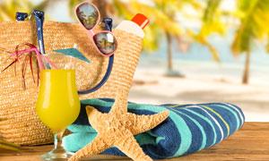 毛巾海星与果汁眼镜等摄影高清图片