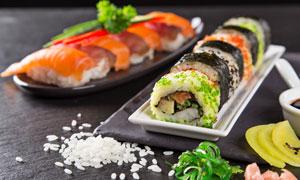 大米粒与美味寿司微距摄影高清图片