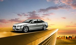 奥迪银色汽车宣传广告设计PSD素材