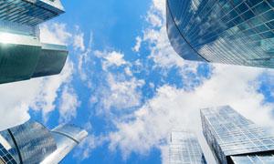 城市建筑群与天空白云摄影高清图片