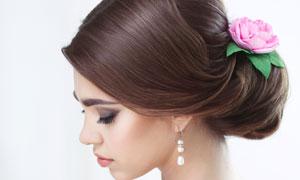 鲜花发饰盘头造型新娘摄影高清图片