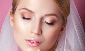 闭着眼冥想的新娘美女摄影高清图片