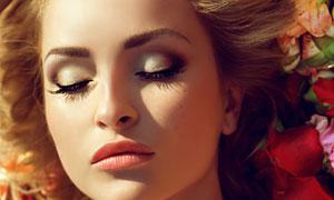闭着眼的性感美女人物摄影高清图片