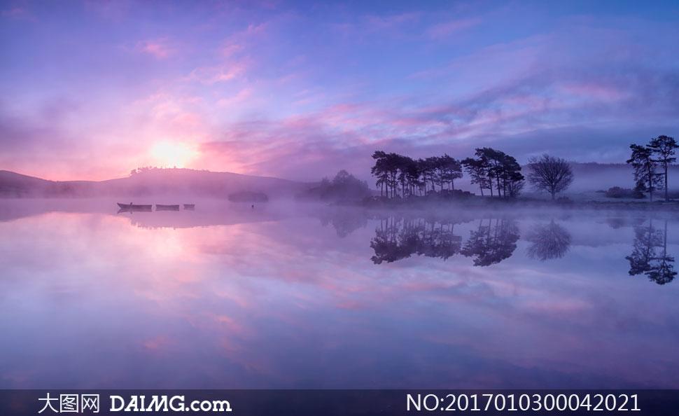 清晨唯美的湖面景色摄影图片