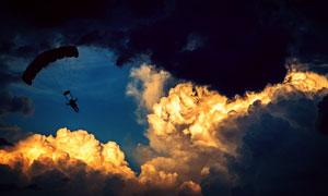 无动力滑翔伞运动人物摄影高清图片