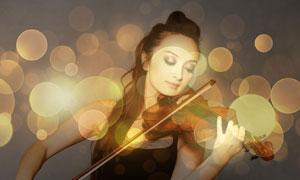 在拉小提琴的美女人物摄影高清图片