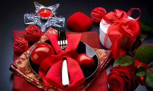 蜡烛戒指盒与刀叉礼物盒等高清图片