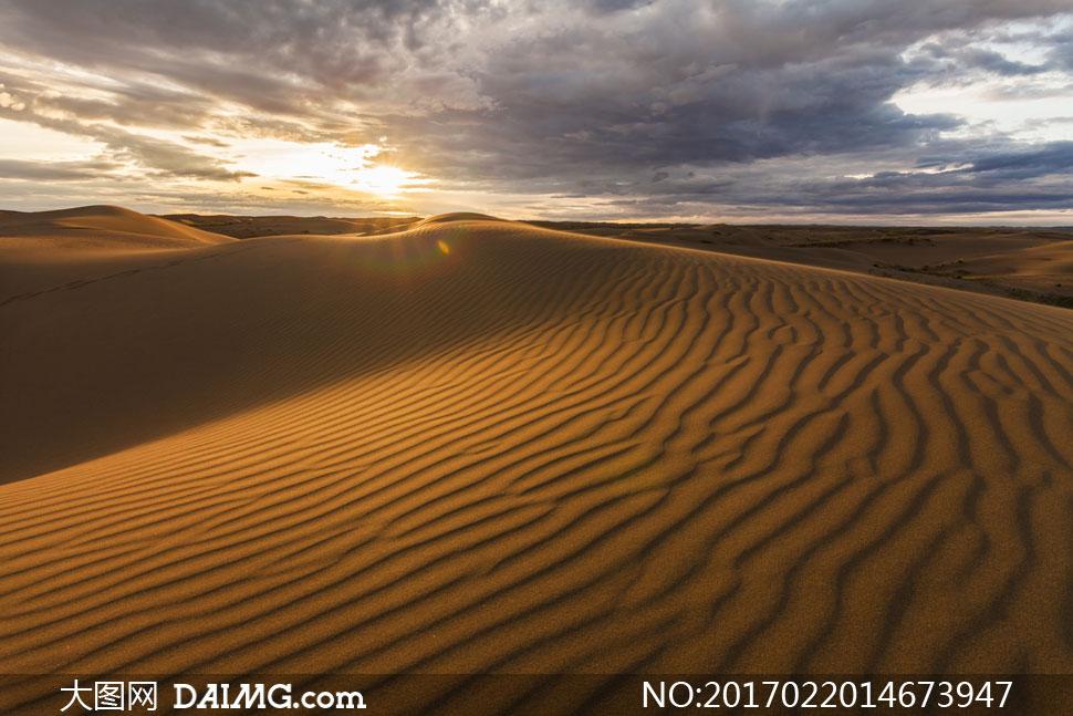 关 键 词: 高清大图图片素材摄影自然风景风光沙漠荒漠大漠沙丘天空