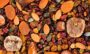 混合一起的多种水果干摄影高清图片