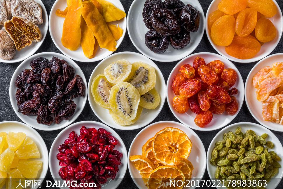 分盘盛放的多种水果干摄影高清图片 - 大图网设