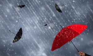 有强力保障的红色雨伞创意高清图片