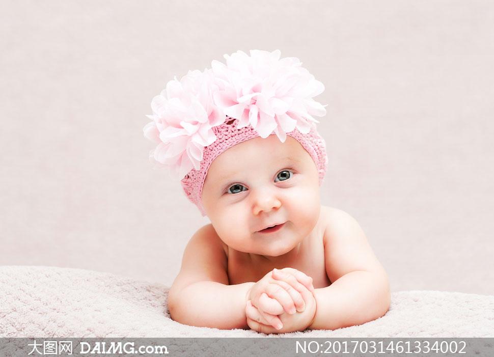 开心笑容可爱宝贝写真摄影高清图片