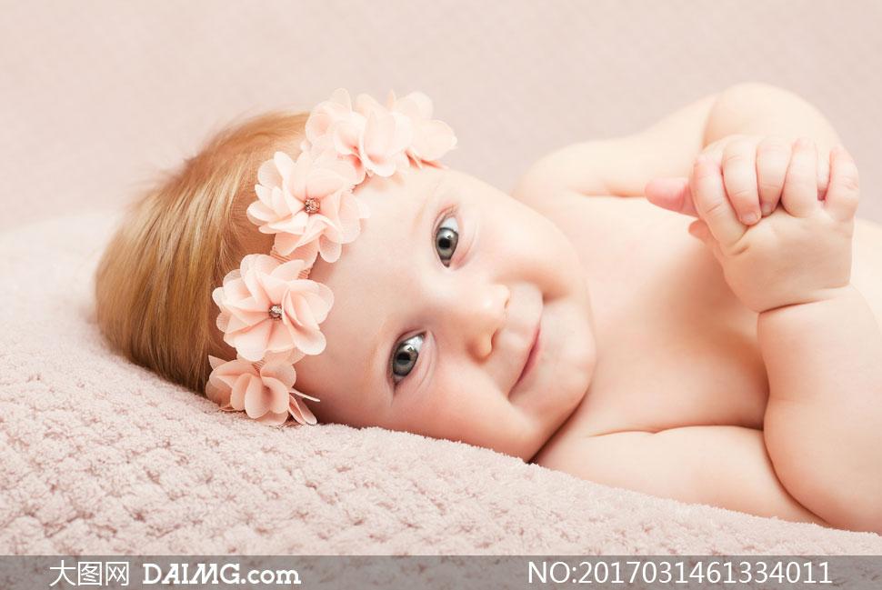 宝宝小宝贝近景特写微距婴儿发饰头饰开心笑容大眼睛