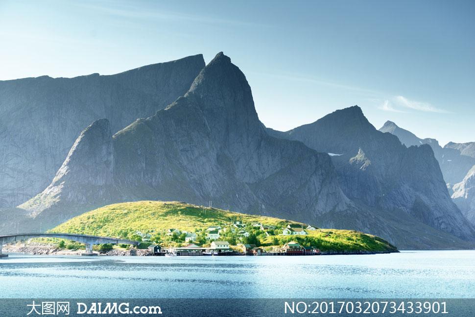 关 键 词: 高清摄影大图图片素材自然风景风光景观大山高山山峦远山