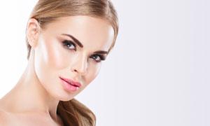 侧偏发型红唇美女模特摄影高清图片
