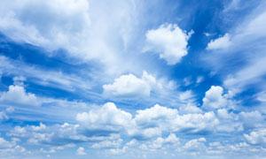 天空中变幻莫测的云朵摄影高清图片