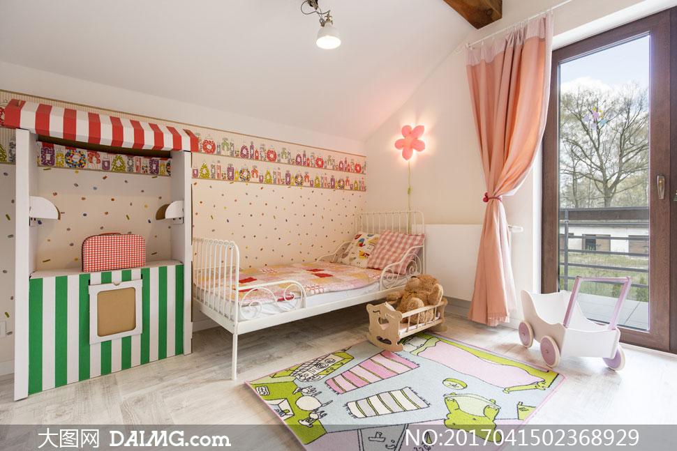 可爱温馨风格儿童房间内景高清图片